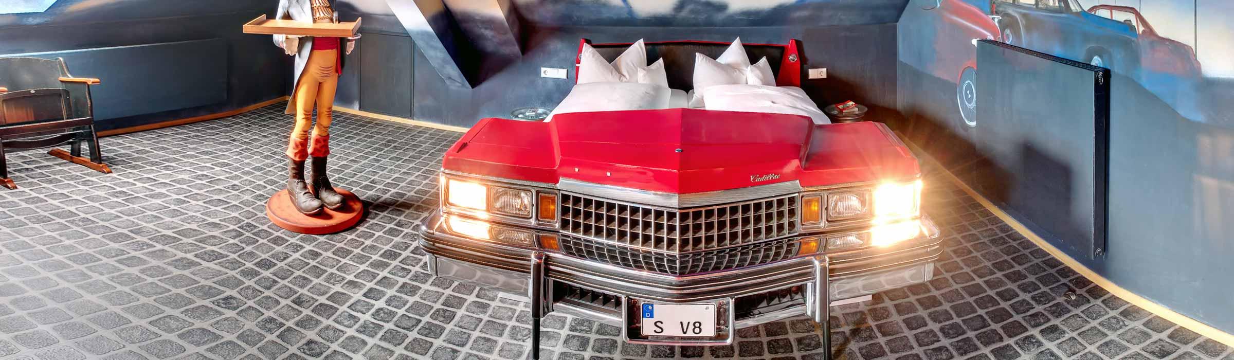Themenzimmer Autokino V8 Hotel