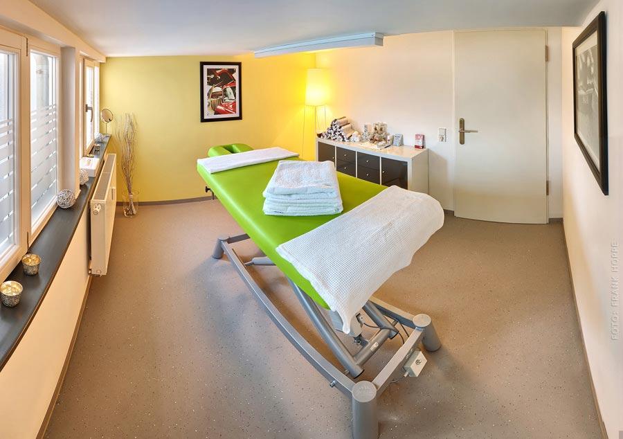 Wohlfühloase - Massagen im V8 Hotel