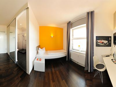 V8 Hotel Einzelzimmer