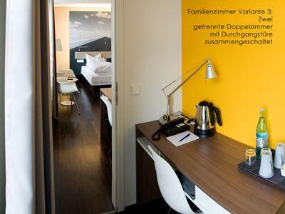 V8 Hotel Vierbettzimmer